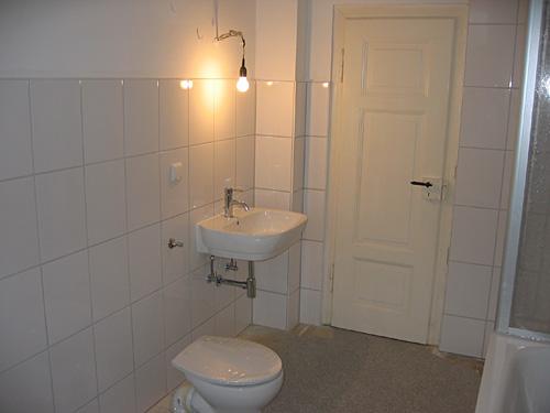 dusche tapezieren raum und m beldesign inspiration. Black Bedroom Furniture Sets. Home Design Ideas